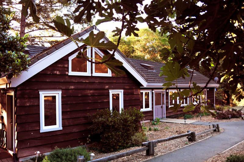 the-land-retreat-center-lodge.jpg