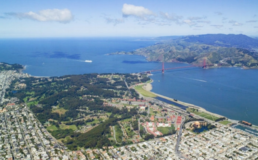 Aerial_view_-_Presidio-whole-700x467.jpg