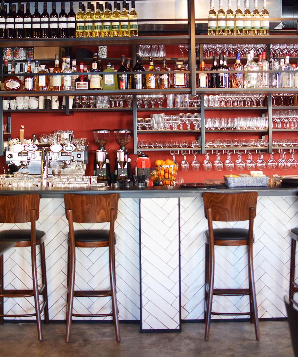 NELIS West Amsterdam | Gezellig eten in Amsterdam | Groepsrestaurant Amsterdam