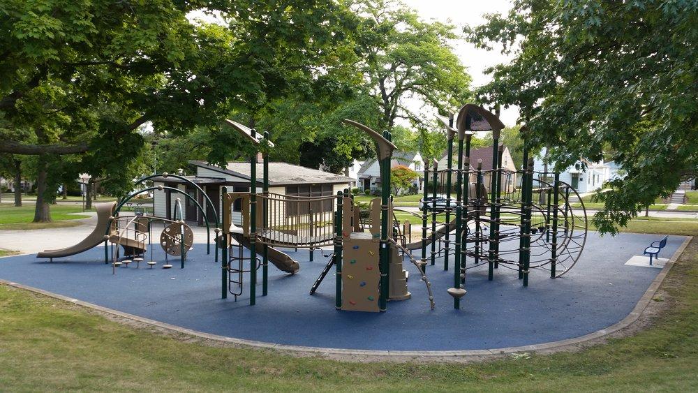 Manitoba Park - Milwaukee