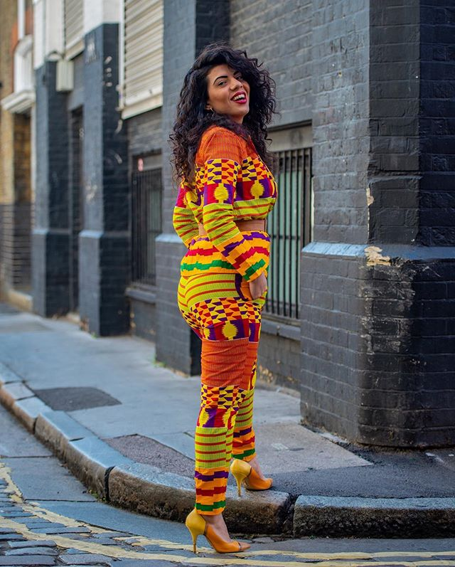 Ms Happy because I'm alive.💛 Suited by: 👑 @bubu.blaq🌹 Behind the 📸: @maybe_rich . . . #live #love#laugh #africanfashion #africanstyle #curlywomen #peace#love #equality #madeinlagos #longdress #shoreditch #hoxtonsquare #africaninspired #overall #lagos#africanfashion #worldfashion #israeligirls #art #inspiration #igdaily #londonvibe #shoreditchlife #ankarafashion #ankarastyles #kente #kenteprint