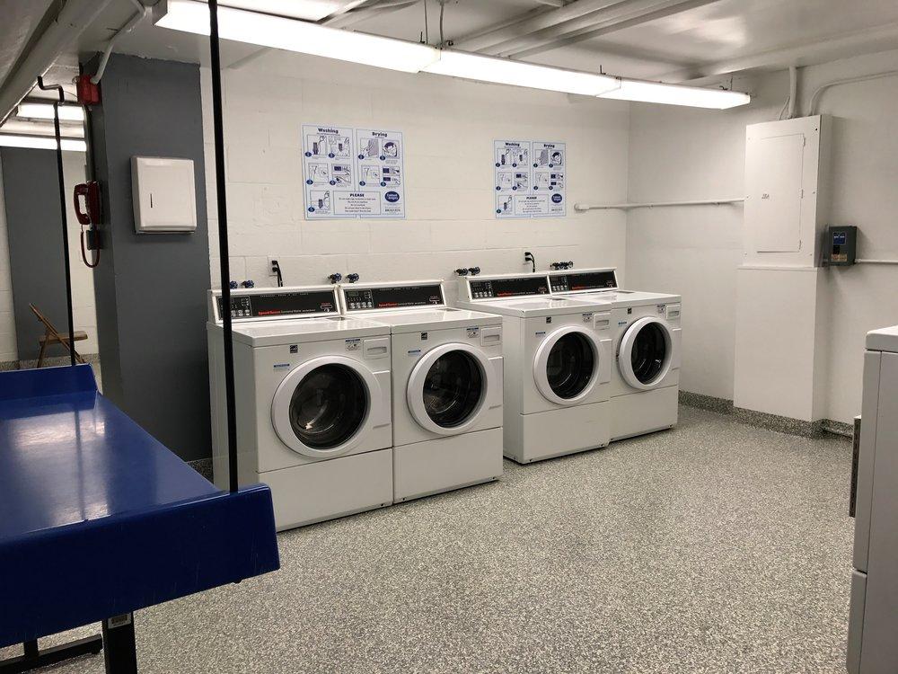 AM-12-Laundry.jpg