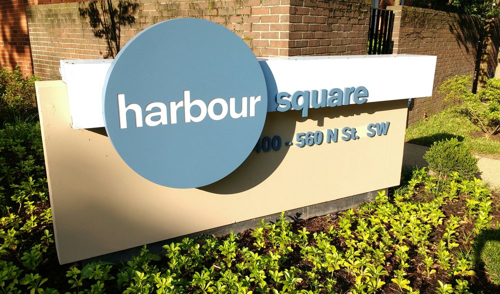 Harbour-Square-Sign-N-Street-SW.jpg