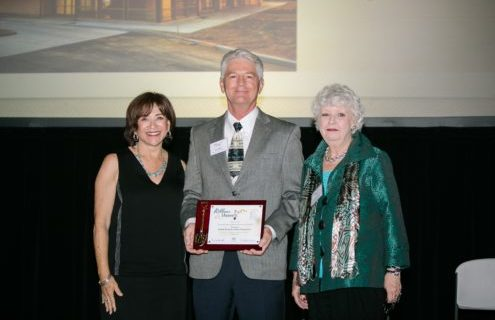 Don Rabska, VP of the Easton Foundations receives award from Mary Salas, the Mayor of Chula Vista