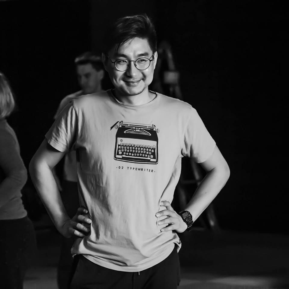 Переводчик/Оптимист - Думан Нурсила – переводчик, театральный актер, киношник и любитель пения. Поэтому, он просто не мог не участвовать в этом проекте. Это его голос вы слышите в наших промо-роликах.