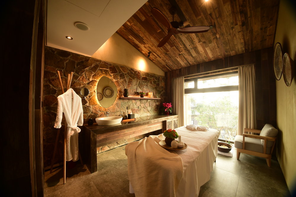 nC-Spa-Treatment-Room-01.JPG