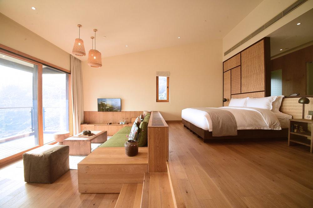 nC-Cliffside-Suite-10.JPG
