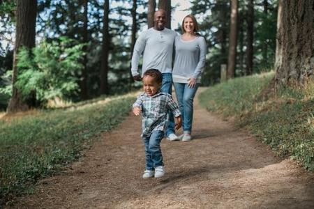 family walking black.jpg