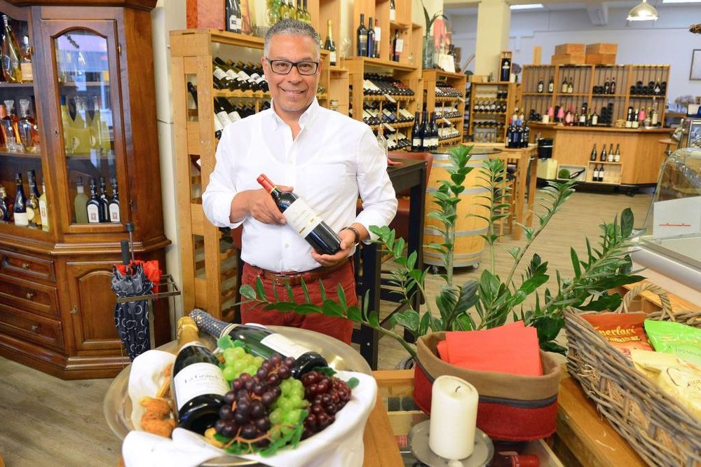 Emile Moawad Inhaber der WeinLounge Le Baron