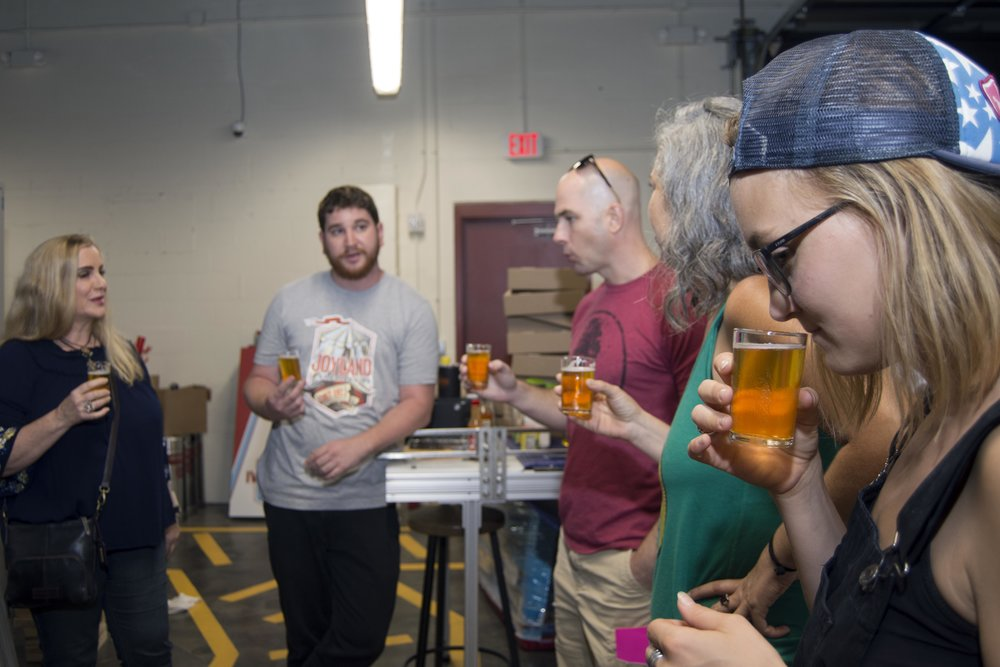 Drink tours - The craft beer & cocktail scene in Orlando is on fire right now! Take a walking tour with us and taste some of the best craft beverages Orlando has to offer.