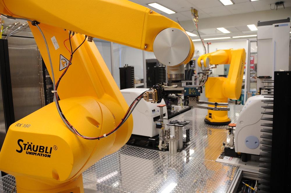 Chemical_Genomics_Robot.jpg