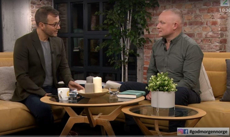 Hvaleventyret Pa Tv2 Og Nrk Radio Og Fugler I A Magasinet Andreas Tjernshaugen