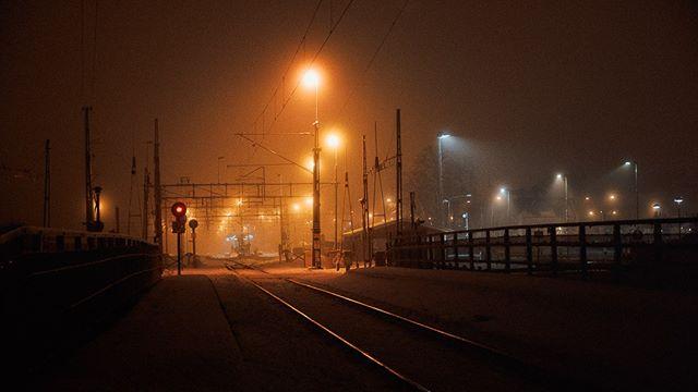 DSC_0716 • • • • • #nowherediary #ig_onstandby #cinebible #25bluehours #ifyouleave #cineminer #ourmomentum #thinkverylittle #portbox #forgotten #ourmag #mistyfoggymilkymoody #WTNS #cinematicphotography #24hchurch #nightime #fog #dark_infinity #misty #somewheremagazine #verybusymag #photocinematica #nikonz6 #hudiksvall #nightlights #intothenight #dazedandexposed #mist #pellicolamag #nightshot