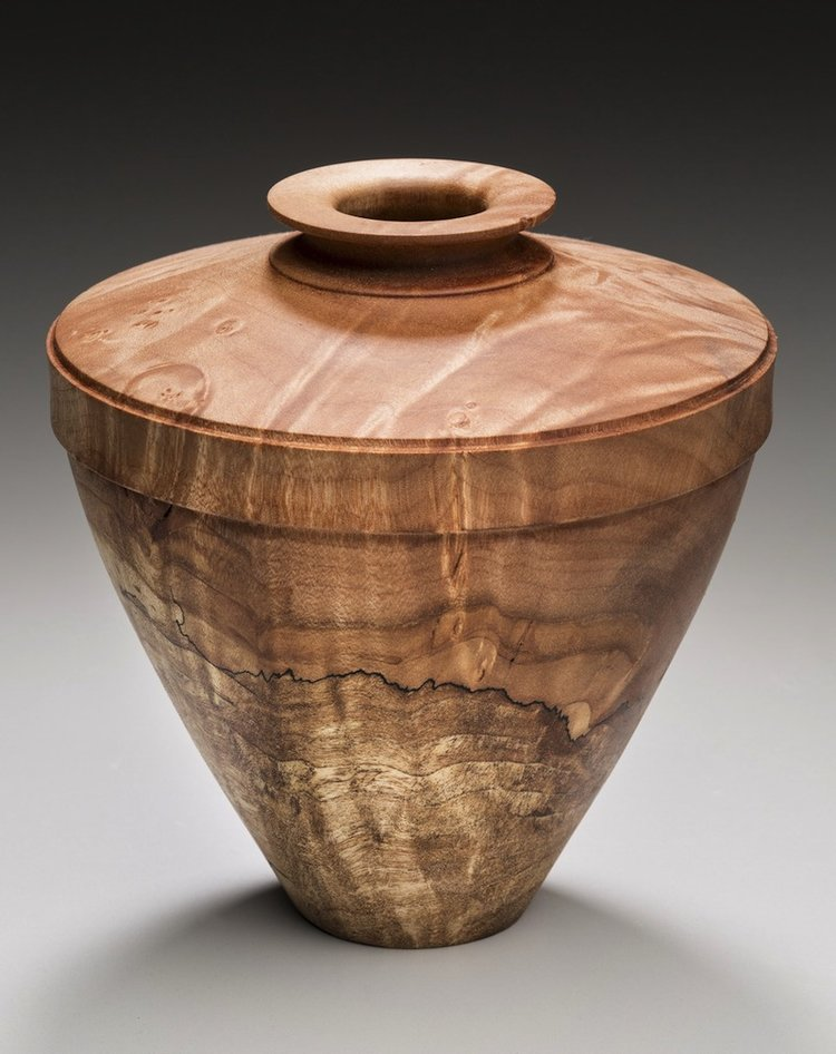 Williams107SpaltedMapleVessel (1).jpg