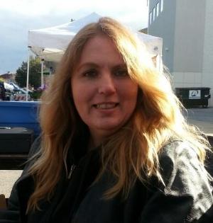 Bonnie Landsee, October 2015 at the Waukesha Farmers Market.