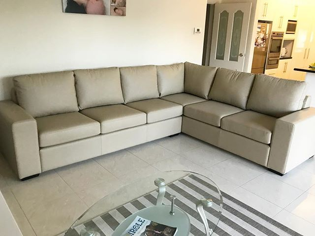 A beautiful Sheraton corner suite in Leather Italia Puccini Mink. Thanks again to our customer in Sans Souci! 🛋
