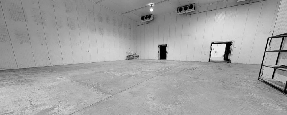 STAGE 2 | 4,805 SQ. FT. - Space dimensions: from 18.5m to 24.5m long x 20.6m wide x 9.0m highTotal area: 4,805 sq. ft.Located adjacent to Stage 1 in Popup Studios site in Inchicore with convenient access to wardrobe, dressing rooms, make up with easy access to ample on-site parking, production offices and canteen facilities
