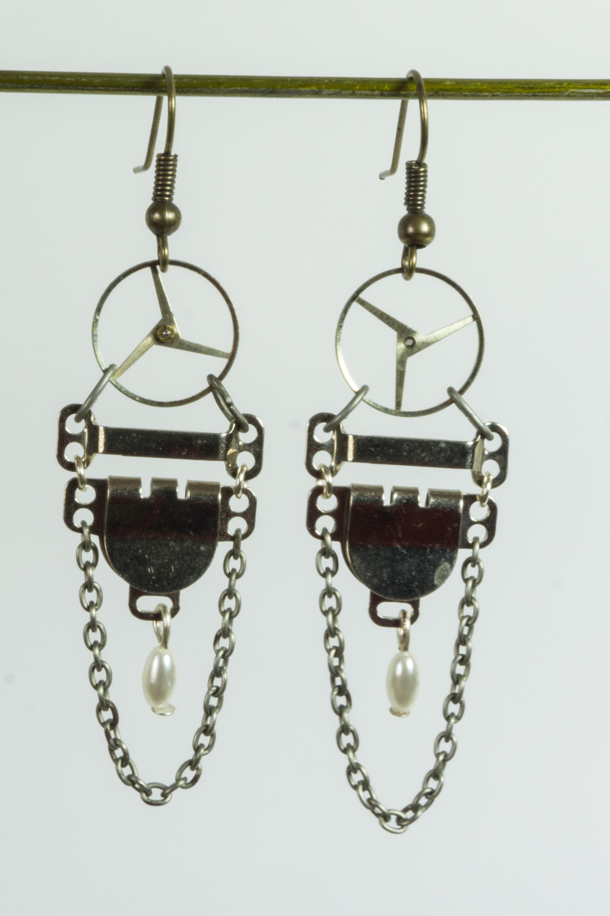 9-16-earrings-26