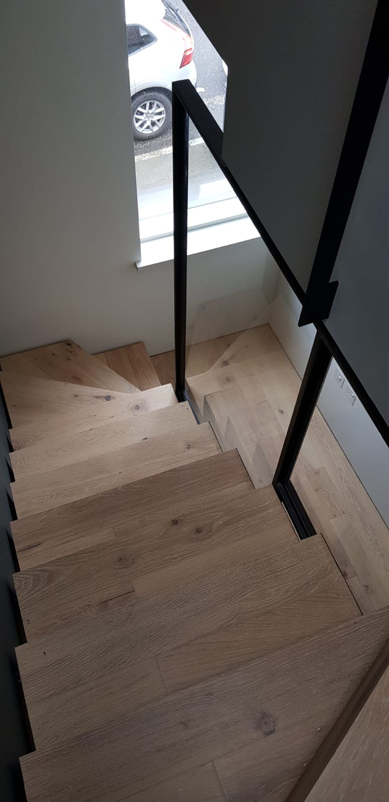FLOATING STAIRS, WOOD, NEW BUILD.jpg