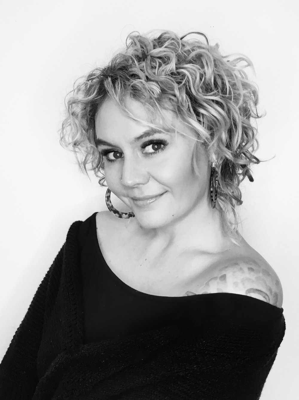 HANNAH GWIN  CREATIVE DIRECTOR / STYLIST  natural color, curly hair, bobs, pixie cuts
