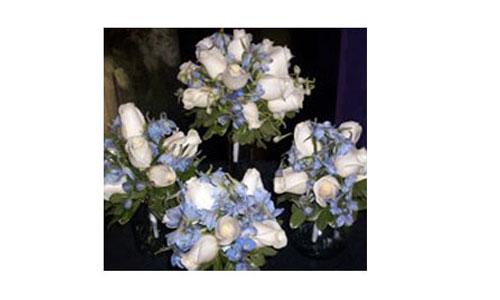bluewhitebouquet.jpg
