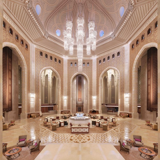 An iconic symbol of Omani culture and hospitality, the palace hotel has been reimagined to embrace the needs of families and the modern global traveler.