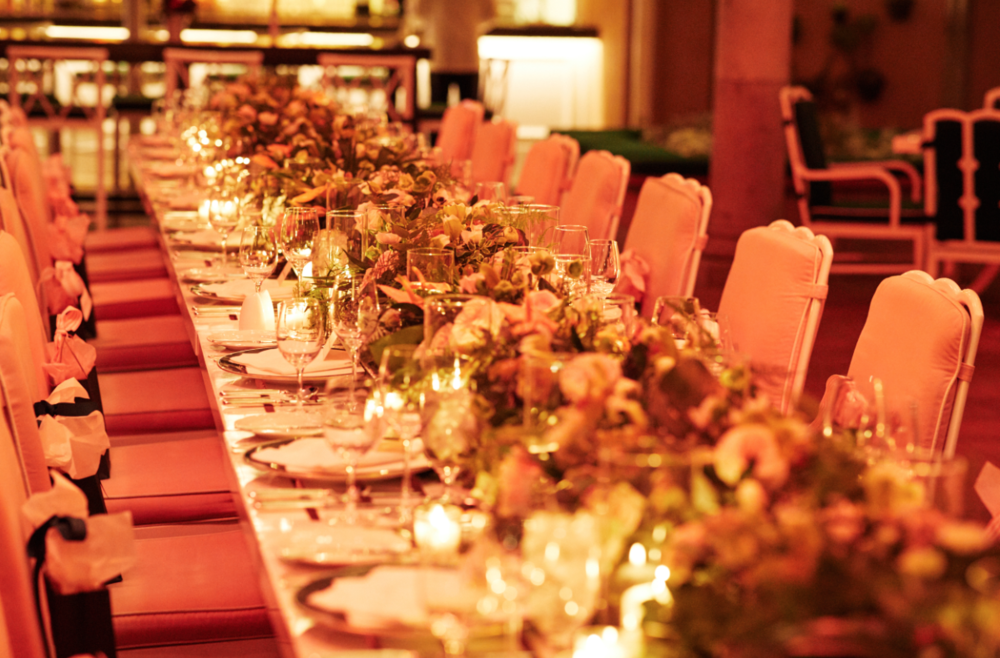 Florals by Matty of the Petal Workshop adorned the table