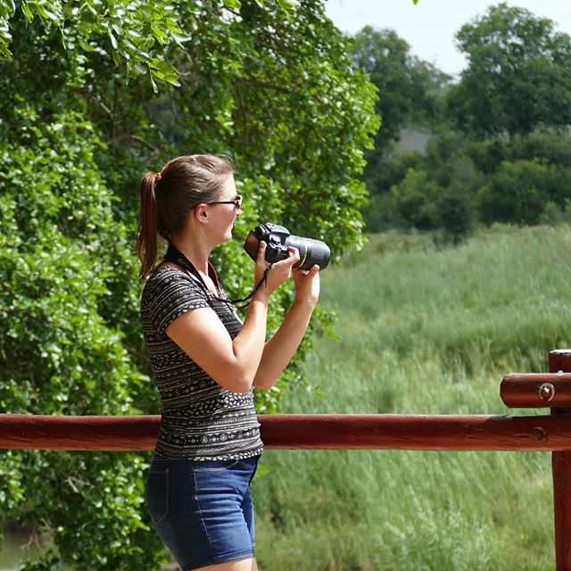 The most essential piece of equipment when on safari? Your camera, of course! 📸📸 •• And in the case of safaris, it's easy to decide which camera to bring - the one with the big telezoom. But what if you're not traveling with such a specific purpose? What if you're a digital nomad away from home for at least six months, with no chance of picking up the one camera you left behind? Which one(s) do you pack then? 🤔🤔 •• Sometimes, I honestly feel like I have too many options. My phone is the easiest and most portable, but the DSLR takes better photos - except it's big and heavy. 🏋️‍♀️🏋️‍♀️ •• Then there's the GoPro; perfect for water- or high-speed shenanigans and small in theory - but if you want to use it right, you need a lot of fixtures and mounts and brackets and straps and definitely a gimbal... 🤹‍♀️🤹‍♀️ •• Basically, if you decide to take all your cameras and all necessary equipment and accessories on your travels, your bags are a quarter full and you're approaching half your luggage weight limit. ⚓⚓ •• But leaving any of it behind? Almost unthinkable. 😱😱 •• I know, I know, #firstworldproblems - but am I really the only one to struggle with this? Would love to hear about your experiences and especially how you make the decision which gadgets and gizmos to pack and which to leave at home. 🤯🤯 • • • • • #girlslovetotravel #globalwanderer #fulltimetravel #fulltimetraveller #tourtheplanet #letsgoeverywhere #passionpassports #travelmania #travelcommunity #travelnow #travelpassion #traveladventures #travelinspo #travelphotography #cameras #cameramayhem #camerasetup #cameraassistant #cameratouring #cameracanon #gopro4 #travelvibes #travellingtheworld #travelgrams #travelgirls #digitalnomadgirls #digitalnomadlife #digitalnomadlifestyle #digitalnomadfamily