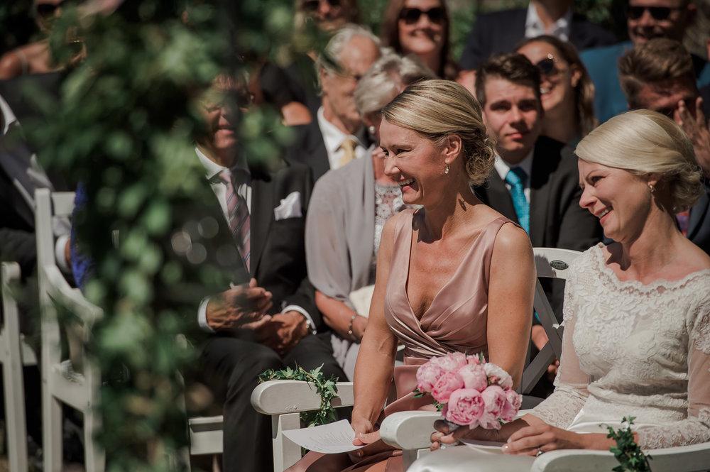 bryllup-fotograf-tønsberg-bryllupsfotograf-langesund bad-16.jpg