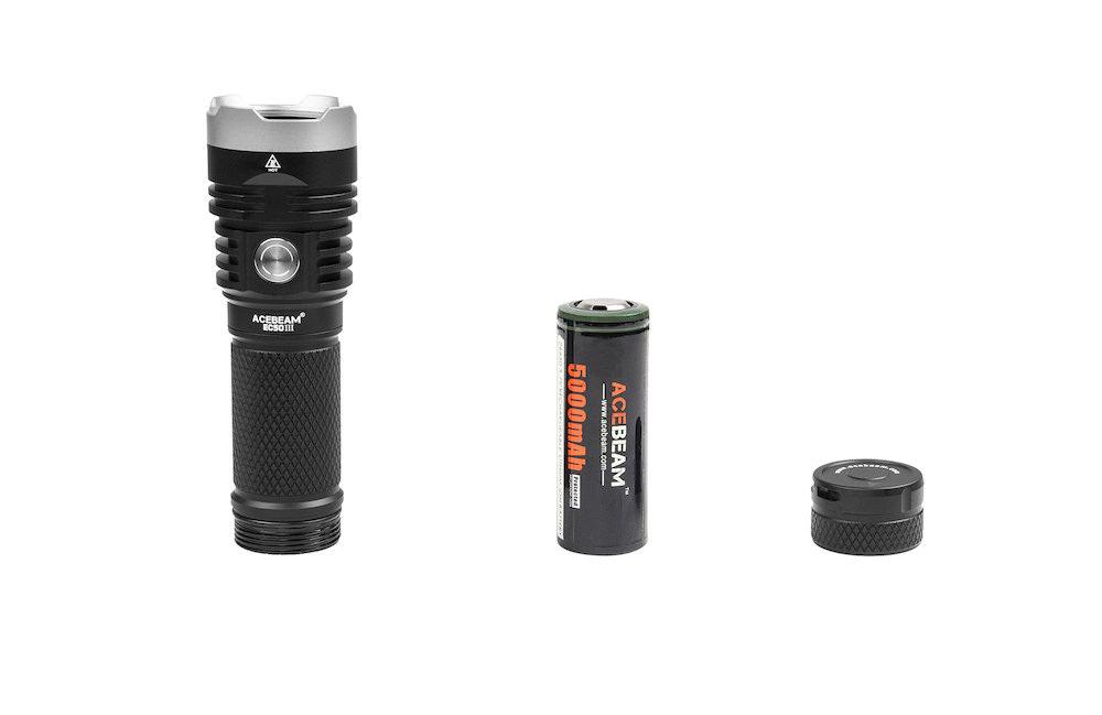 Conception intelligente - L'Acebeam est conçue en 3 parties principales dont une batterie d'une capacité de 5 000mAh pour une longévité exceptionnelle