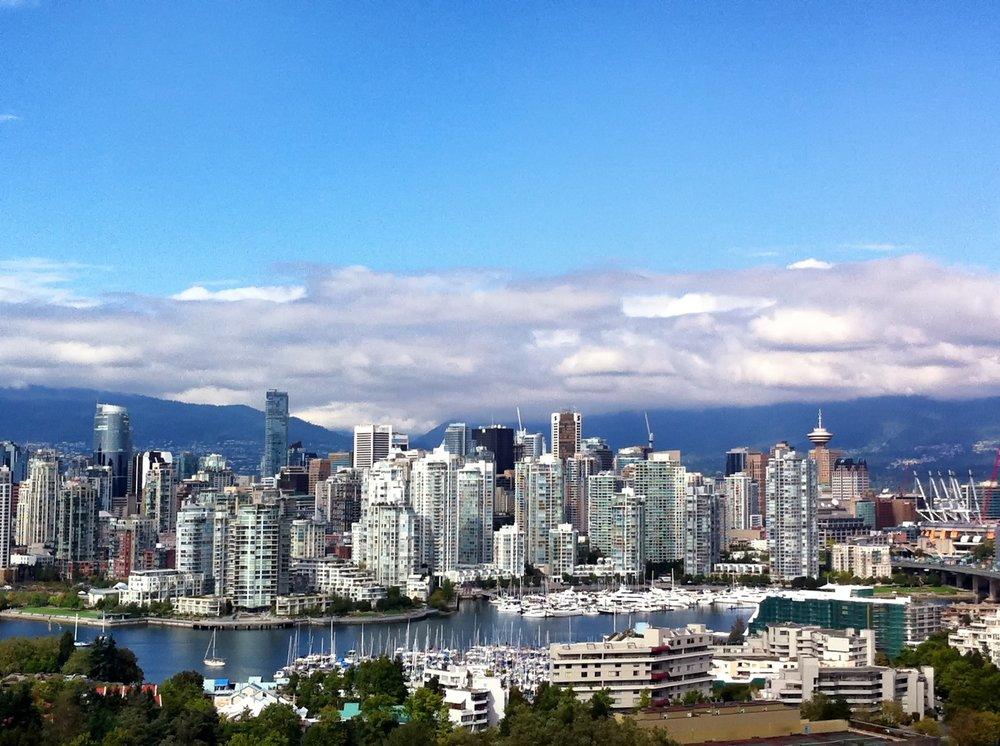 Vancouver - Boka din resa till Vancouver hos oss. Vi har biljetter till alla matcher.Oavsett om du önskar endast hockeybiljetter eller vill ha en färdig paketresa så hjälper vi dig.