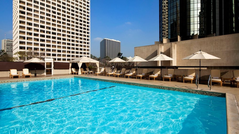 bonaventure hotel pool supreme travel.jpg