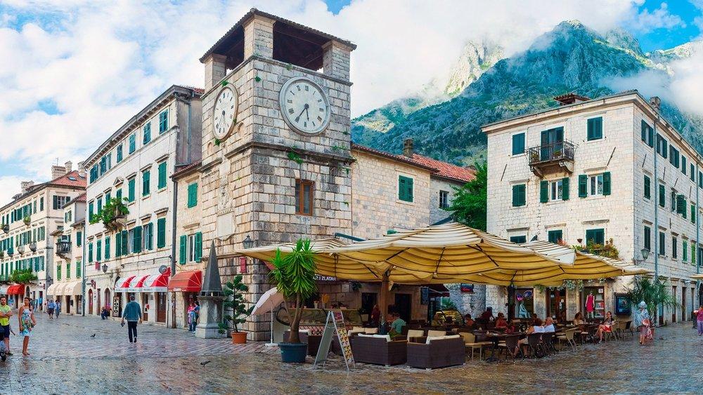 Egen tid i Kotor - Innan vandringen ges ca 30 mintuers egen tid i Kotor.