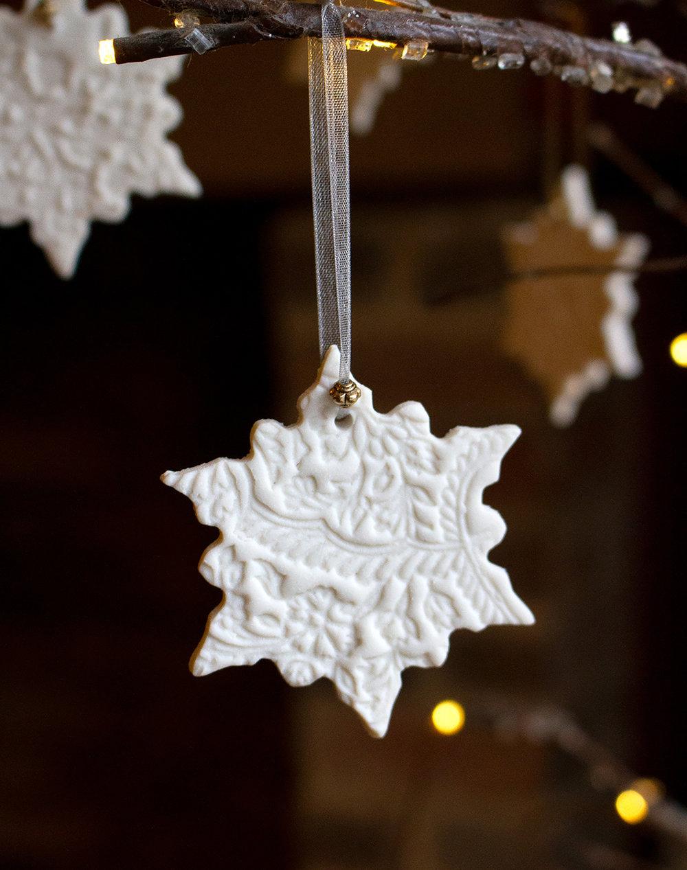 Porcelain snowflake Design 2 closeup.jpg