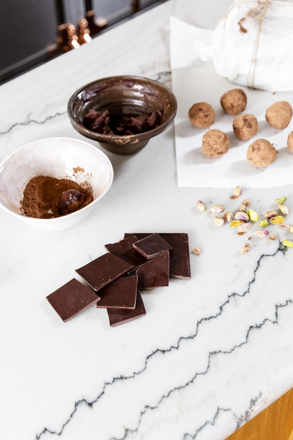 Figura Showroom chocolate truffles