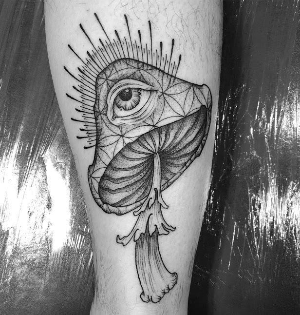 Nature Tattoos By Ryan Roi In Greenpoint Brooklyn Dukkha Tattoo