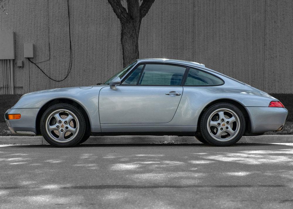 Porsche 911 993 model.
