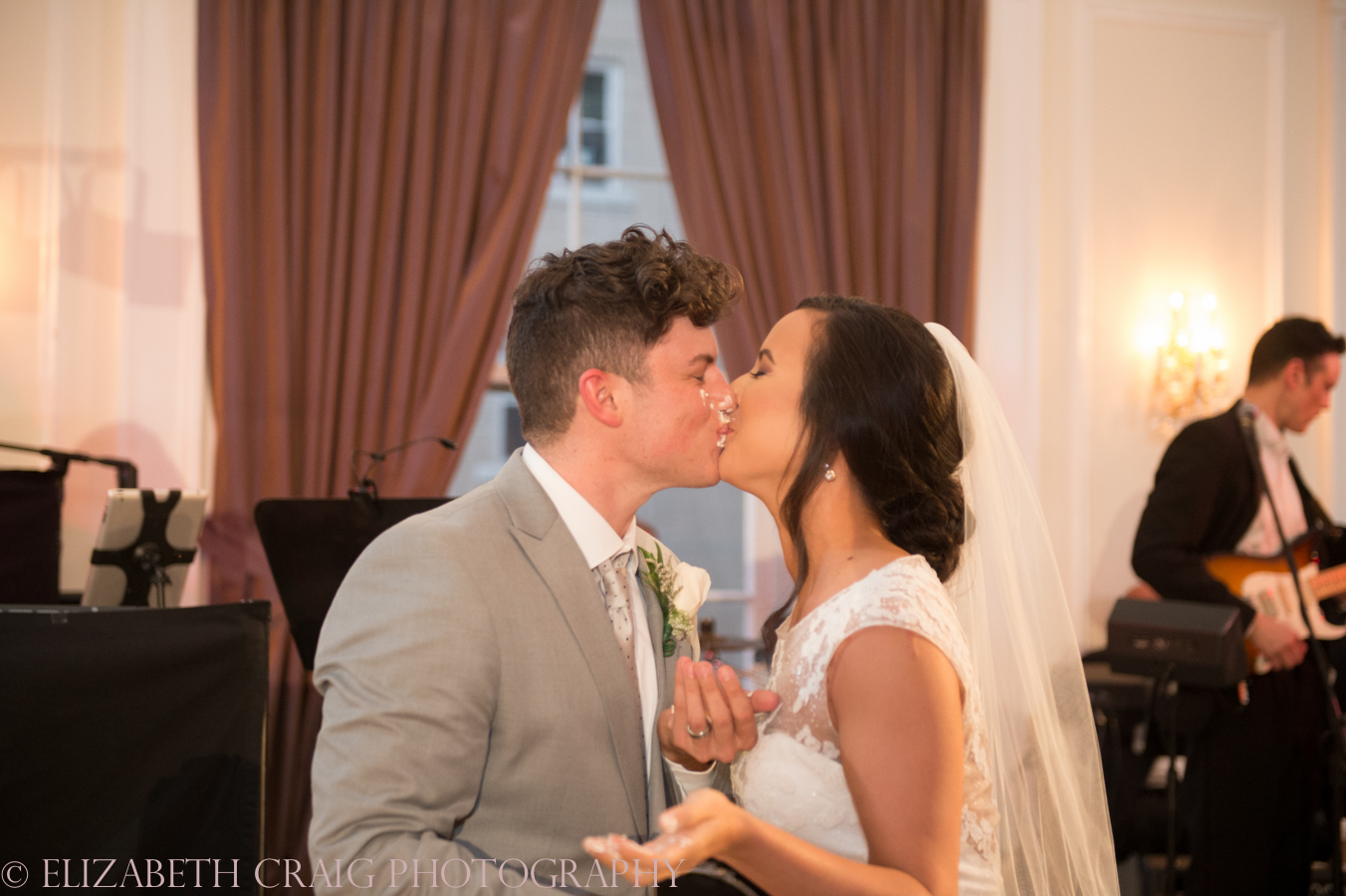 Pittsburgh Oakland University Club Wedding Receptions-0019