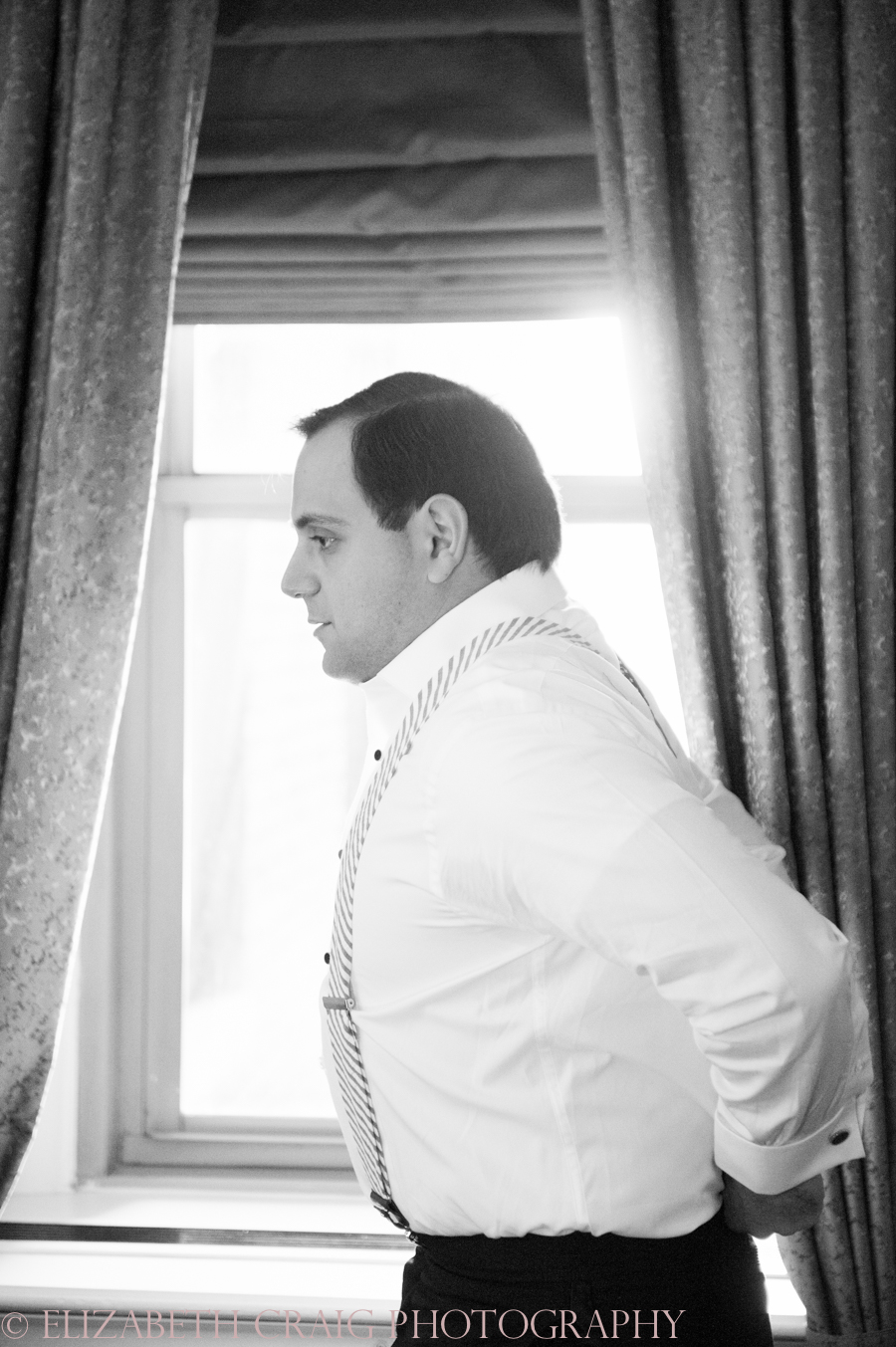 Omni William Penn Getting Ready Wedding Day Photos | Renaissance Suite-5