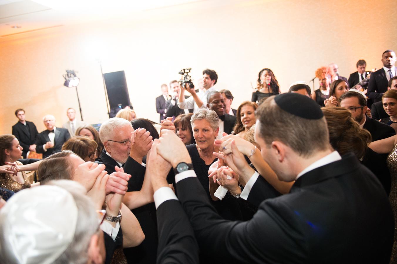 Pittsburgh Field Club Weddings | Elizabeth Craig Photography-181