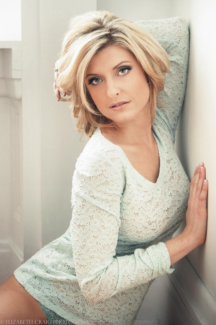 Pittsburgh Beauty Boudoir Photographer-0001-3