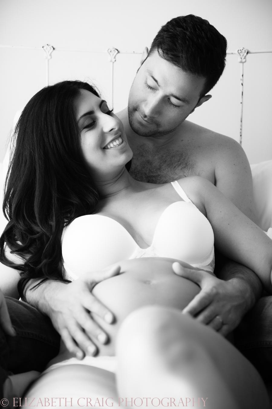 Pittsburgh Maternity Boudoir Photos-0005