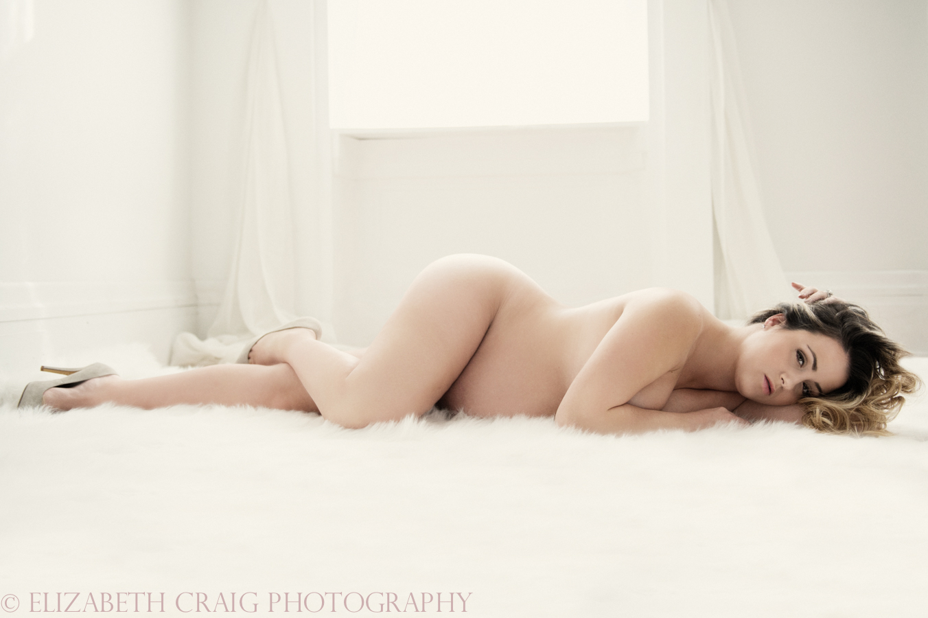 Pittsburgh Maternity Boudoir Photography | Elizabeth Craig Photography-0001