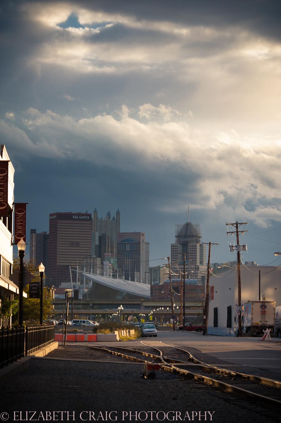 Strip District Pittsburgh Engagement Sessions | Elizabeth Craig Photography-0001