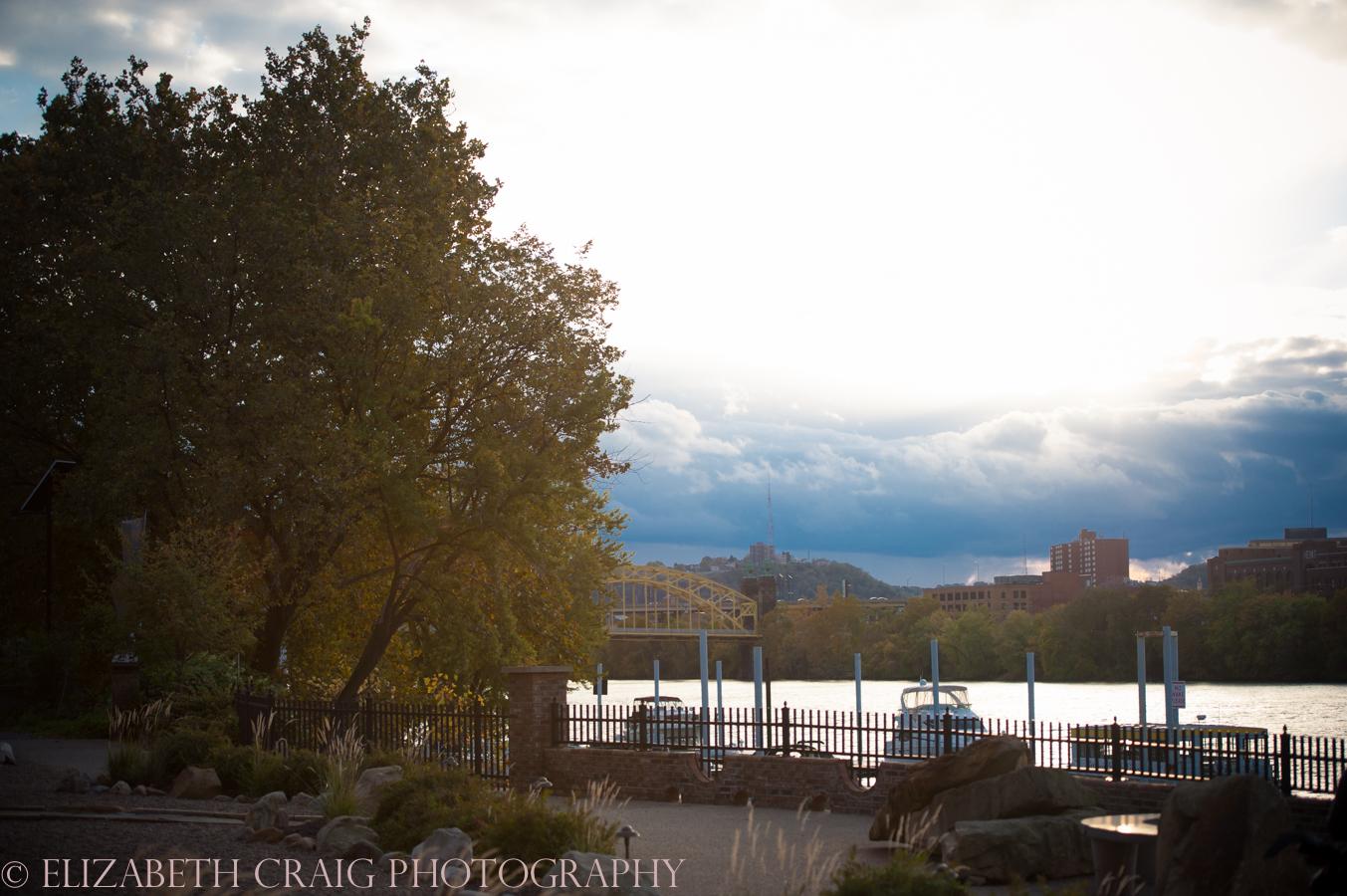 Strip District Pittsburgh Engagement Sessions | Elizabeth Craig Photography-0010