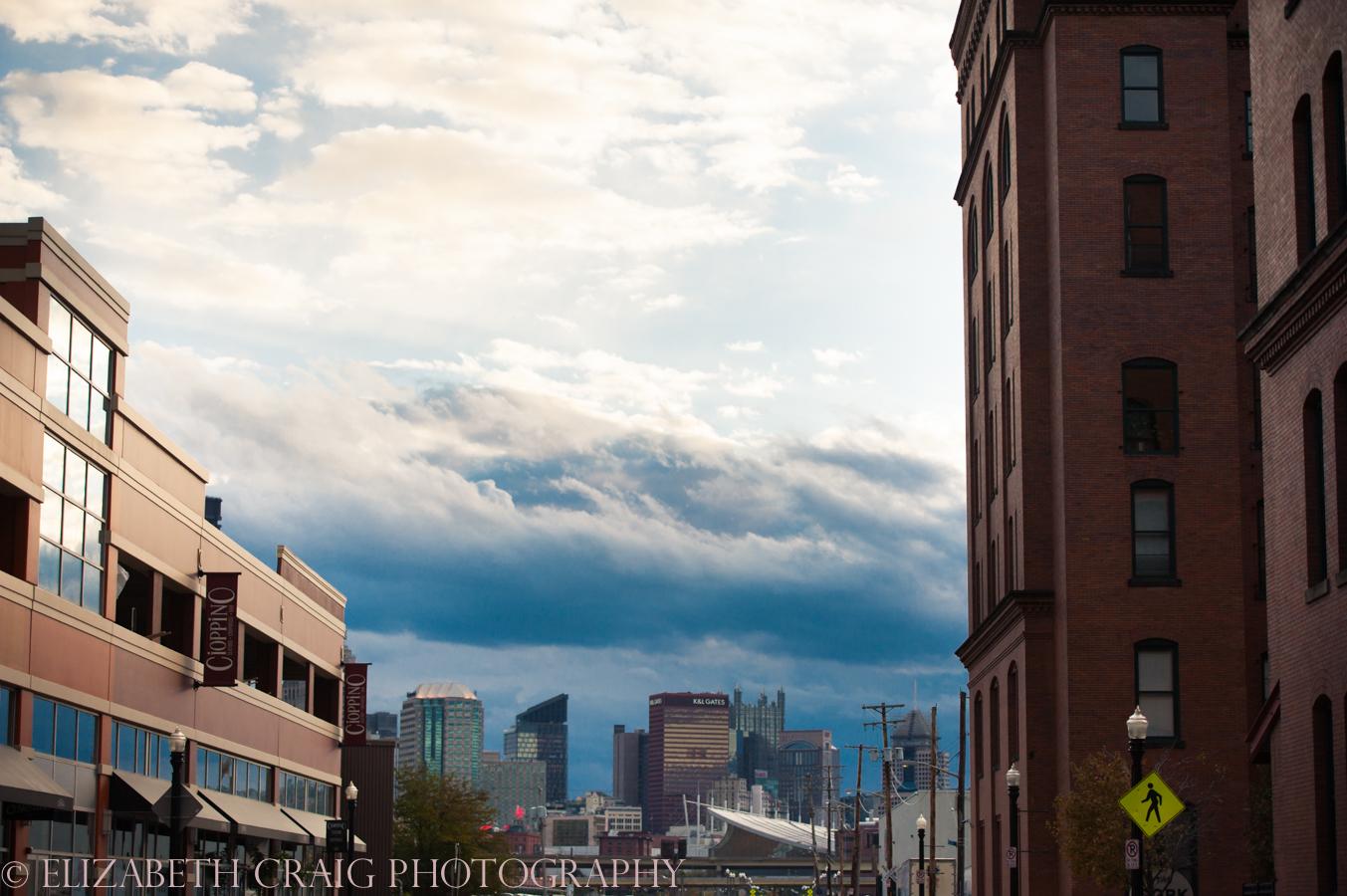 Strip District Pittsburgh Engagement Sessions | Elizabeth Craig Photography-0013