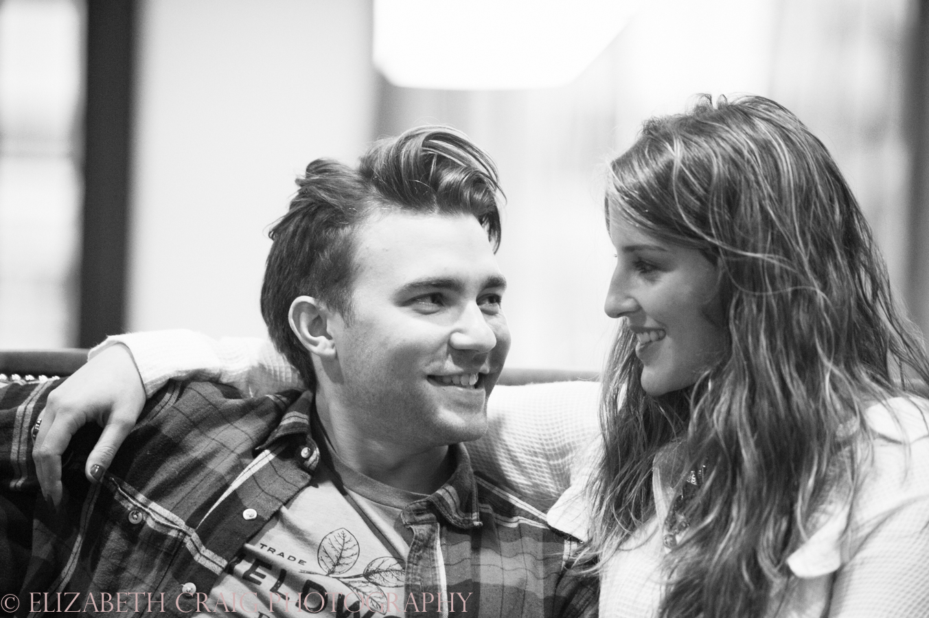 Strip District Pittsburgh Engagement Sessions | Elizabeth Craig Photography-0017