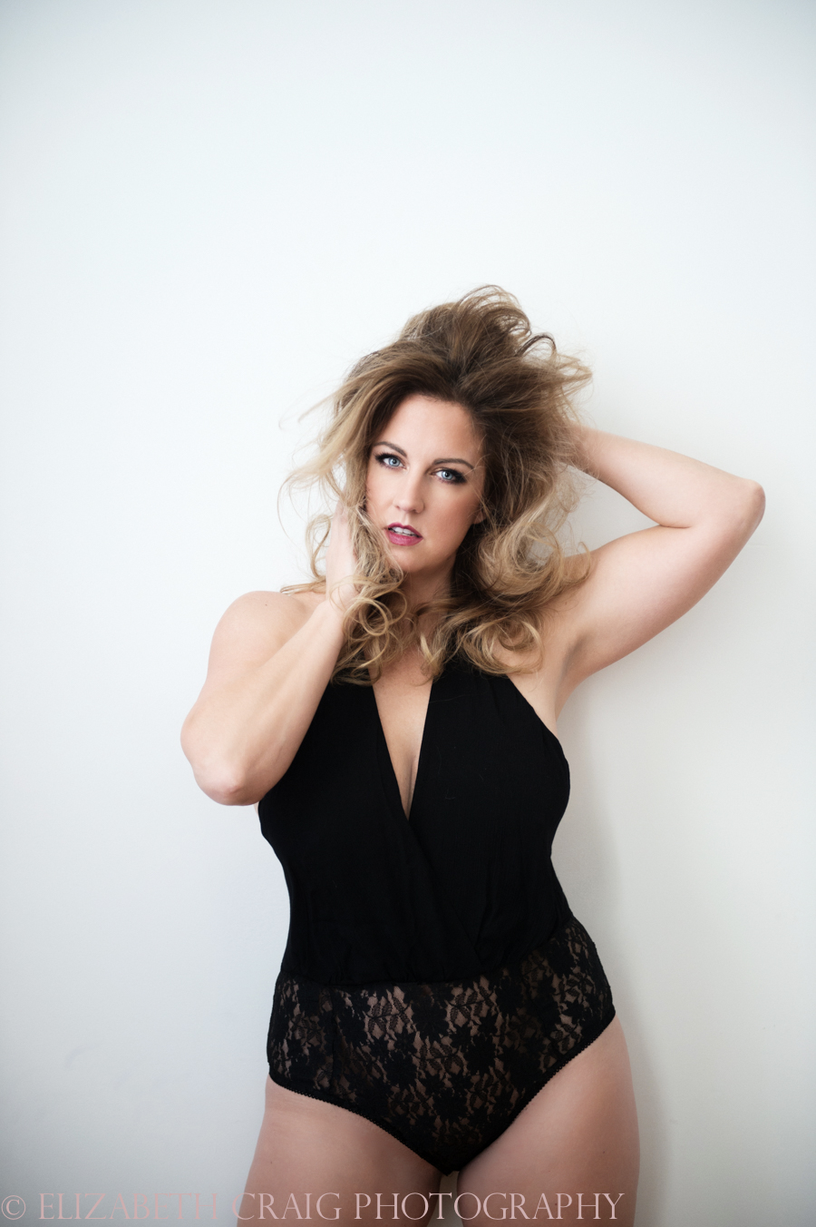Curvy Girl Boudoir Photography-003