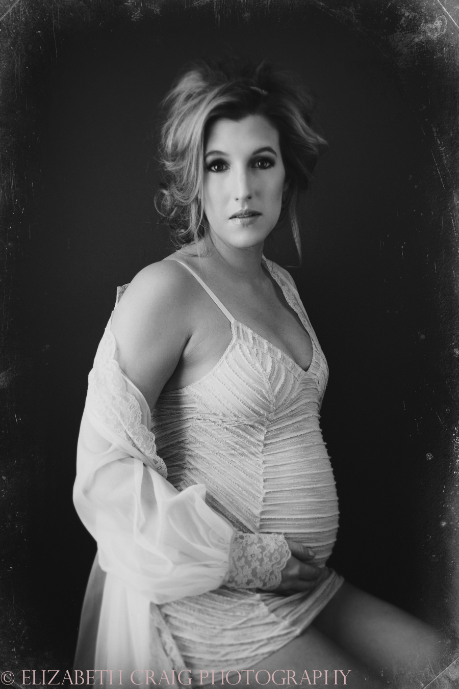 Pittsburgh Maternity Boudoir | Elizabeth Craig Photography-006