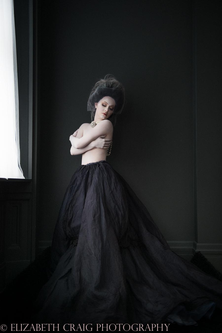 Baroque Boudoir   Elizabeth Craig Photography-014